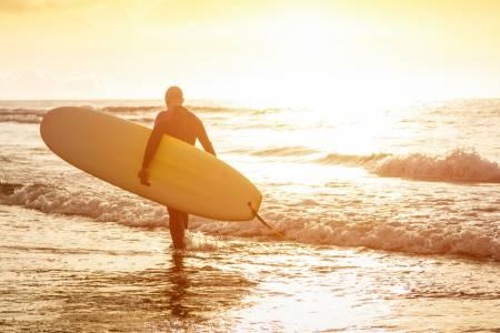 beach house rental activities